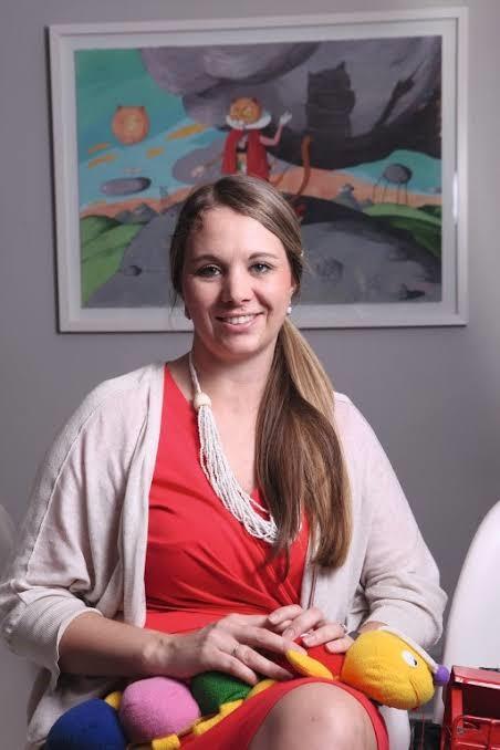 Dr Carine Smit
